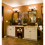 Oak Harbor 3-Light Bath Vanity